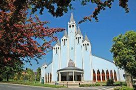 Szentlélek Római Katolikus Templom Látnivalók Hévíz, Szentlélek Római Katolikus Templom Látnivalók Hévízen,