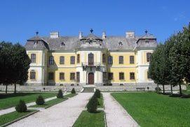 Lamberg-kastély_Látnivalók Mór , Lamberg-kastély Látnivalók Móron ,
