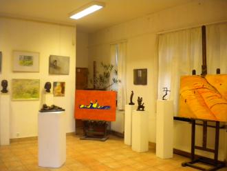 Jelen-Kor-Társ Művészeti Galéria Látnivalók Szolnok, Jelen-Kor-Társ Művészeti Galéria Látnivalók Szolnokon,