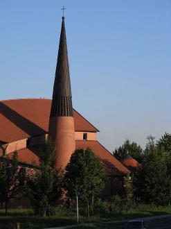 Evangélikus templom Dunaújváros Fürdő és strand, Evangélikus templom  fürdők, strandok ,