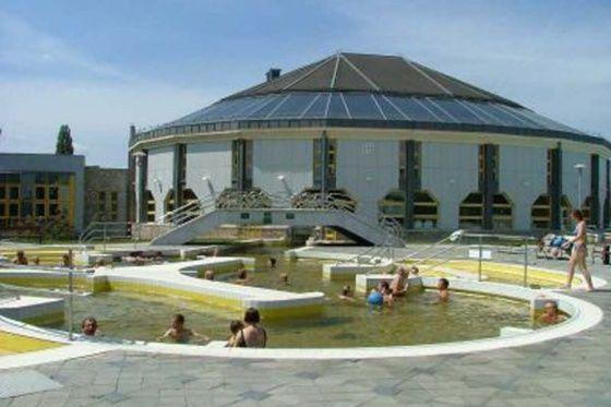 Tiszaujvaros Hungary  city images : ... Termál és Strandfürdő Tiszaujvaros képgaléria