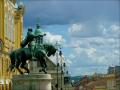 Hunyadi János szobra:  program  Pécs városban