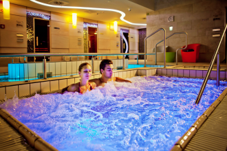 Éjszakai fürdőzés - december Vas megye programok, Éjszakai fürdőzés - december programok Vas megyében,