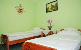 Külön ágyas szoba