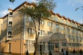 - debreceni termál hotelek