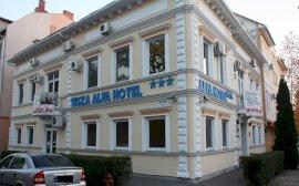 - csongrádi 2 csillagos szállodák