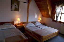 Classic háromágyas szoba