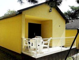 Nyaralóház (két hálószobás)