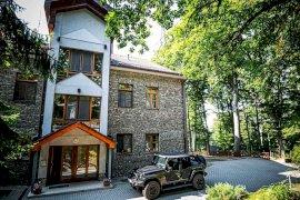 - online szállodák Ostoros