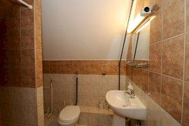 Háromágyas szoba-Fürdőszoba
