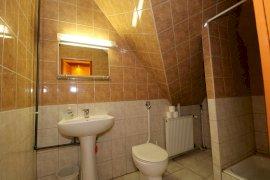 Kétáyas szoba-Fürdőszoba