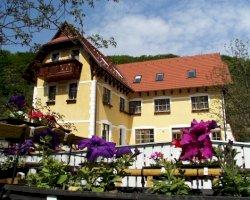 - bababarát hotelek Tiszatarján