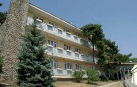 - családbarát hotelek Komló-Sikonda