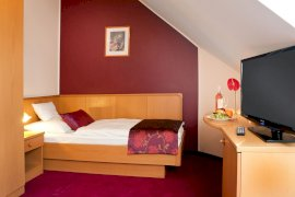 Háromcsillagos egyágyas szoba