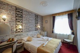 - nászutas hotelek Parádsasvár