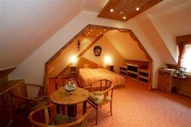 Szárnyépületi Classic szoba