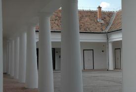 Kossuth Ház Galéria_Budapest tájegység Vár és várrom , Kossuth Ház...