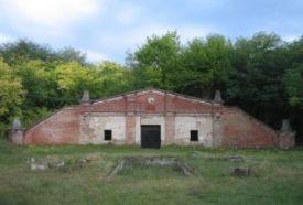 Borospince_Észak-Alföld Kulturális központ , Borospince...