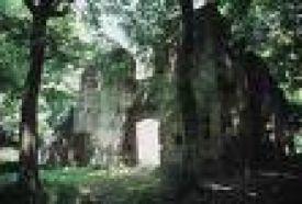 Templom és Kolostorrom_Balaton környéke Vár és várrom , Templom és...