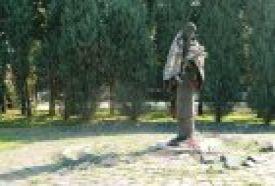 II. világháborús emlékmű_Hajdú-Bihar megye Köztéri szobor , II....