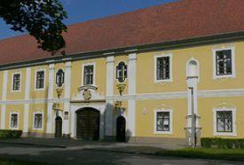 Püspöki palota_Dél-Dunántúl Kastély , Püspöki palota...