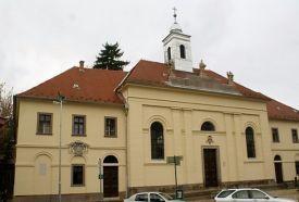 Egykori Irgalmas Kórház, Gyógyszertár és Kolostor_Monok Különleges...