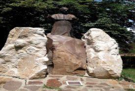 Római Zarándoklat Emlékmű_Hajdú-Bihar megye Köztéri szobor , Római...