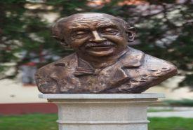Lengyel Menyhért szobor_Hajdú-Bihar megye Köztéri szobor , Lengyel...
