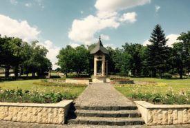 Trianon emlékmű_Balaton környéke Műemlék , Trianon emlékmű Balaton...