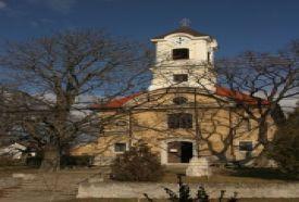 Szent Péter és Pál tiszteletére épített templom_Budapest tájegység...