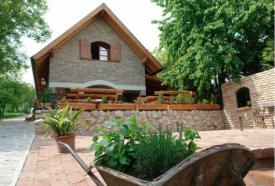 Öreg Harang Borozó_Balaton környéke Étterem , Öreg Harang Borozó...