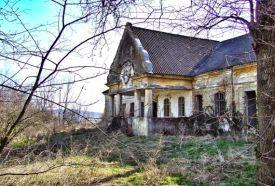 Strasszer-kastély_Fejér megye Látnivalók , Strasszer-kastély...