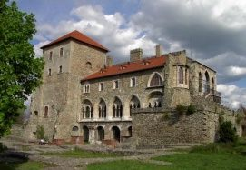 Kuny Domokos Megyei Múzeum - Vár_Közép-Dunántúl Látnivalók , Kuny...