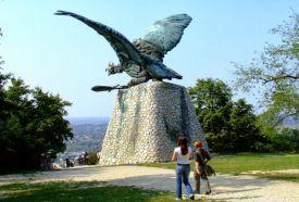 Turul emlékmű_Közép-Dunántúl Köztéri szobor , Turul emlékmű...