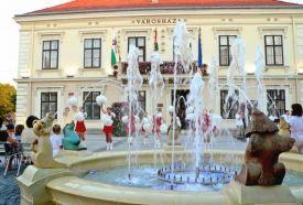 Kossuth tér - Városháza_Nyugat-Dunántúl Műemlék , Kossuth tér -...